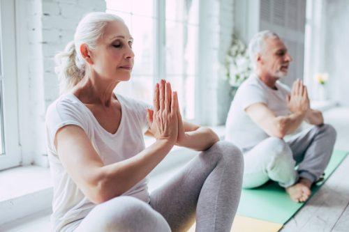 کلاس آموزش پیشرفته و یکپارچه یوگای درمانی